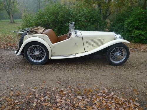 1954 MG TC.... this is the one I want.