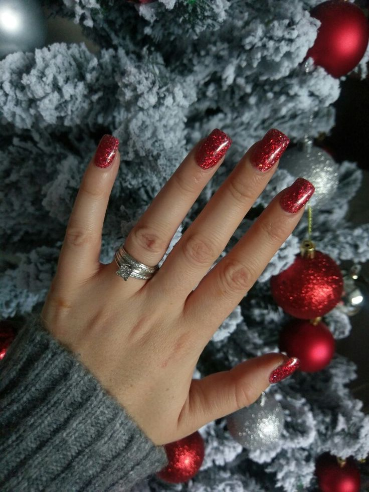 Christmas nails, acrylic glitter, red glitter, nail Extensions, acrylic nails, Christmas