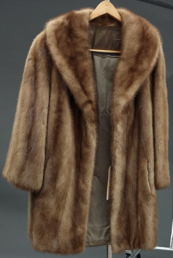 70 best Furs-Furs & Furs images on Pinterest | Furs, Fur coats and ...