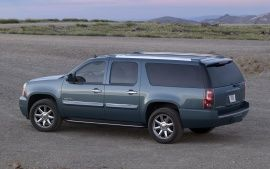 2011 gmc yukon suv side