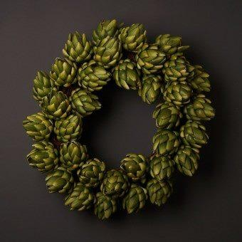 Artichoke wreath artichoke decor pinterest for Artichoke decoration