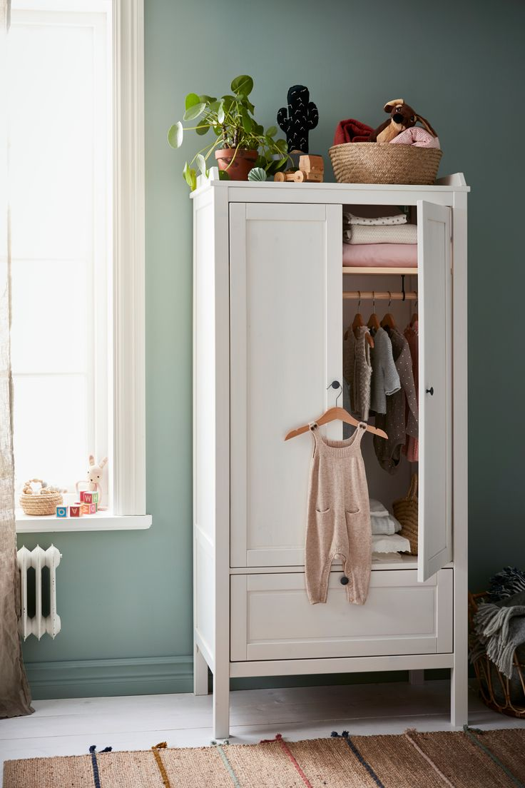 SUNDVIK Kleiderschrank – weiß