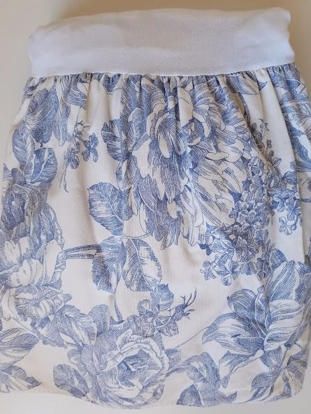 "Waverly Garden Blue Toile Bed Skirt Queen 15"" Drop"
