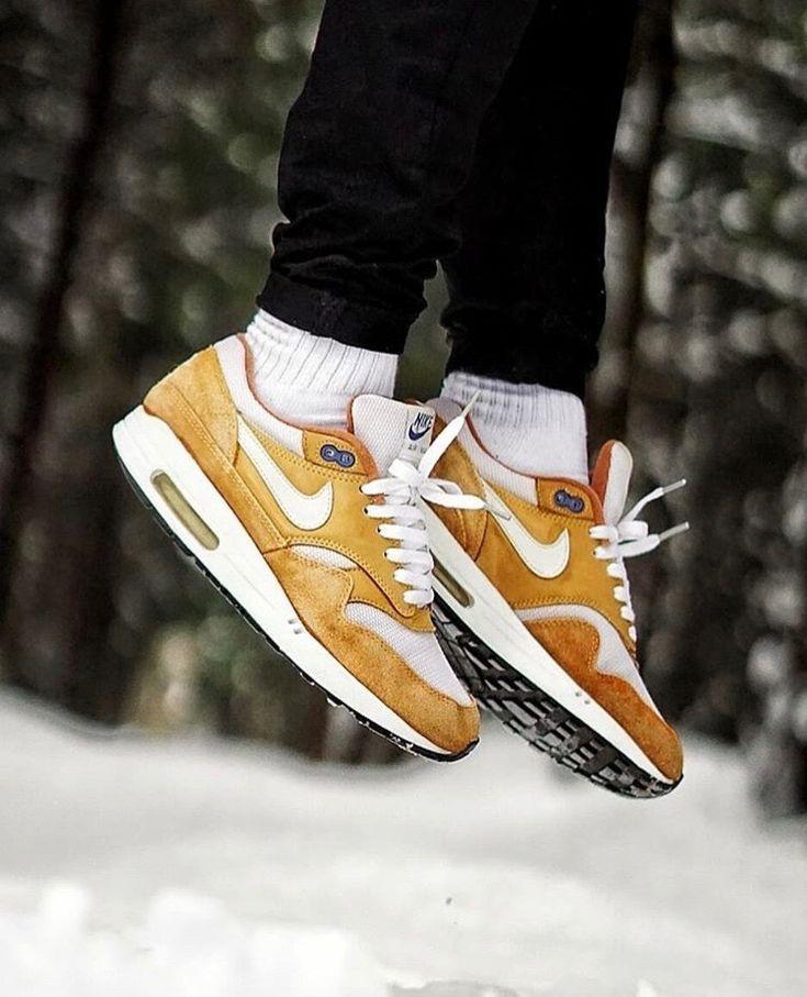 Pin by Julio Al on Sneakers   Sneakers nike air max