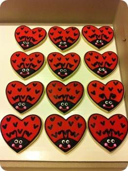 Give cookies instead of cards for kids valentines