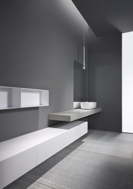 Colori bagno Minimalistic bathroom design by Casabath.