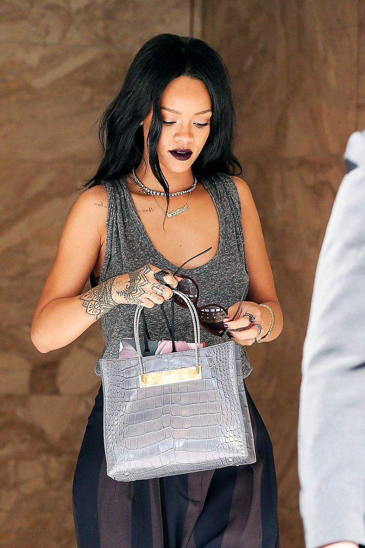 best M U V A A images on Pinterest  Rihanna style Celebs and