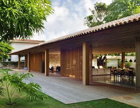 Eco-Friendly Tropical Homes - The Bahia House is a Cool Design for a Hot Country (GALLERY)