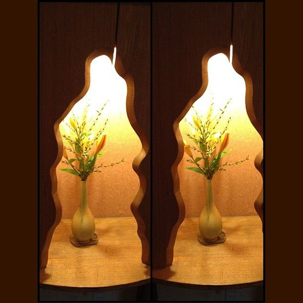angora_onion  マグリット風活け花 in 3D  Magritte style Flower arrangement in 3D  #flower #arrangement #art #3D #stereogram #crosseyed #交差法 #より目 #hatsu #okagaki #fukuoka #kyushu #japan at 宿膳八幡屋 満海の湯    #平行法 の方がよかったかも… It could be better to see in #parallel_view ....  Photo by angora_onion
