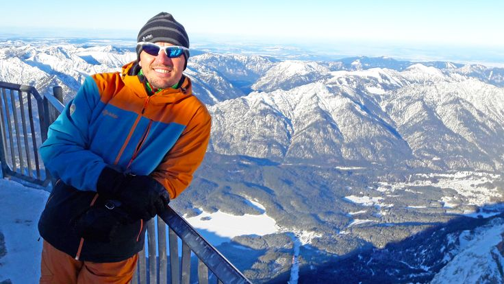 Alfi on the top Zugspitze near Garmisch-Partenkirchen, Germany.  #Kilpi #Testedbynorth #Kilpiteam #Germany #GarmischPartenkirchen #Mountain #Peak #Top