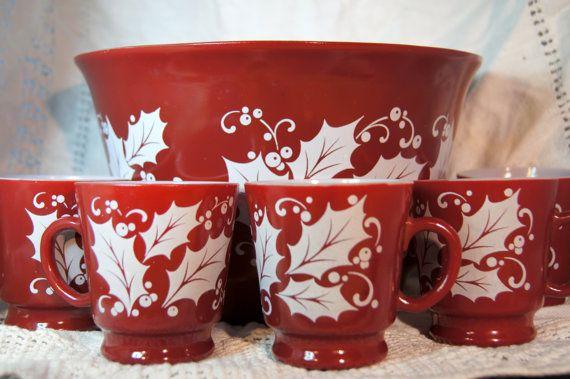 Hazel Atlas Antique Eggnog bowl and cups