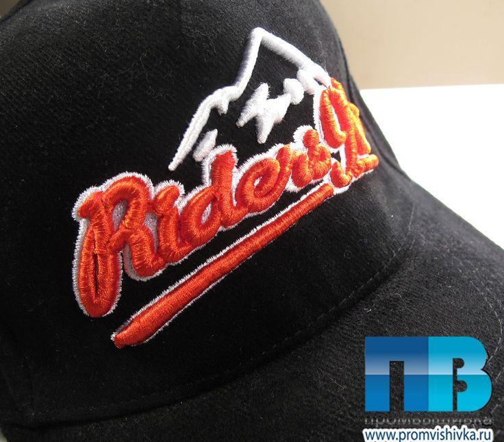 3D-вышивка надписи Riders 96 на кепке