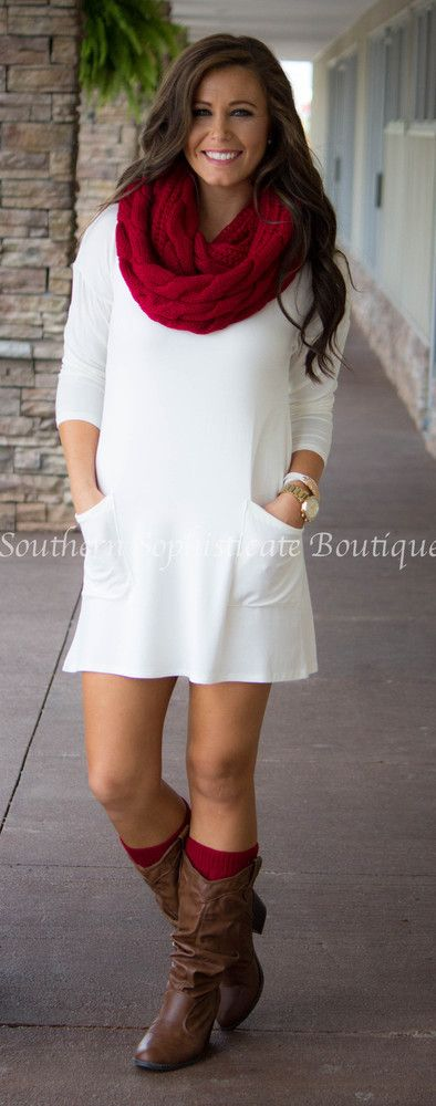 Ivory Button Back Tunic **Christmas outfit