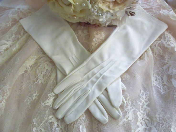 Vintage wedding gloves, Ivory mid length gloves, formal evening gloves, prom gloves, vintage bridal gloves, 1950's gloves, long gloves by thevintagemagpie01 on Etsy