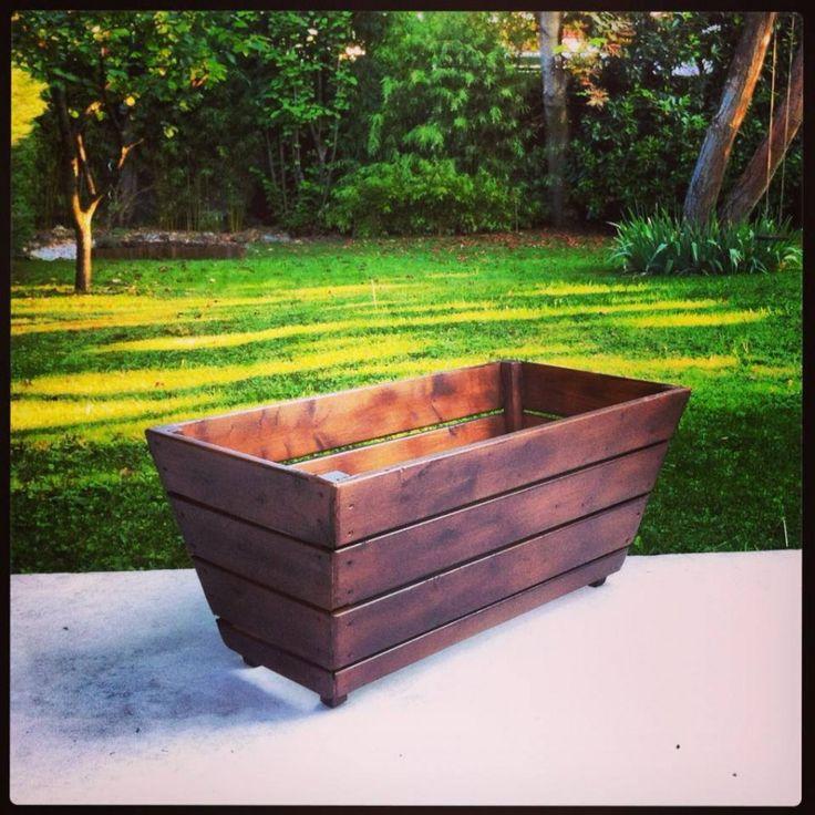 fabrication d 39 un bac plante en planches de r cup ration bac fleurs pinterest. Black Bedroom Furniture Sets. Home Design Ideas