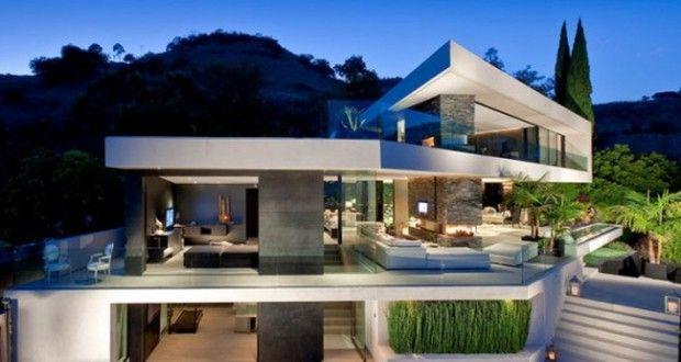Nowoczesna rezydencja z Hollywood czyli pierwszy post z nowej serii 'Wille marzeń' u Pani Dyrektor - zainspiruj się! Zapraszam do posta i mnóstwa inspiracji - luksusowe rezydencje z całego świata u Pani Dyrektor - zapraszam!