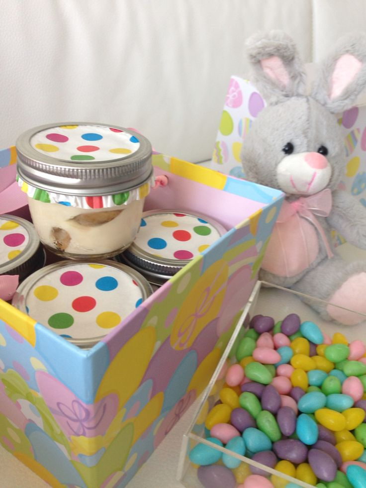 Easter Sweets -tiramisu in a jar