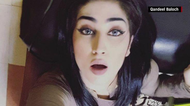 Por Sophia Saifi, CNNQandeel Baloch fue asesinada por su hermano, quien se oponía a las publicaciones que hacía en redes socialesTenía cerca de 750.000 seguidores en Facebook, donde sus vídeos eran virales, pero también objeto de mucho debate y malestar.(CNN) - Qandeel Baloch, una de las estrellas de las redes sociales más famosas y controvertidas de Pakistán, fue estrangulada hasta la muerte en lo que la policía ha calificado como...