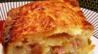 Πατατόπιτα φούρνου με λουκάνικα και τυριά