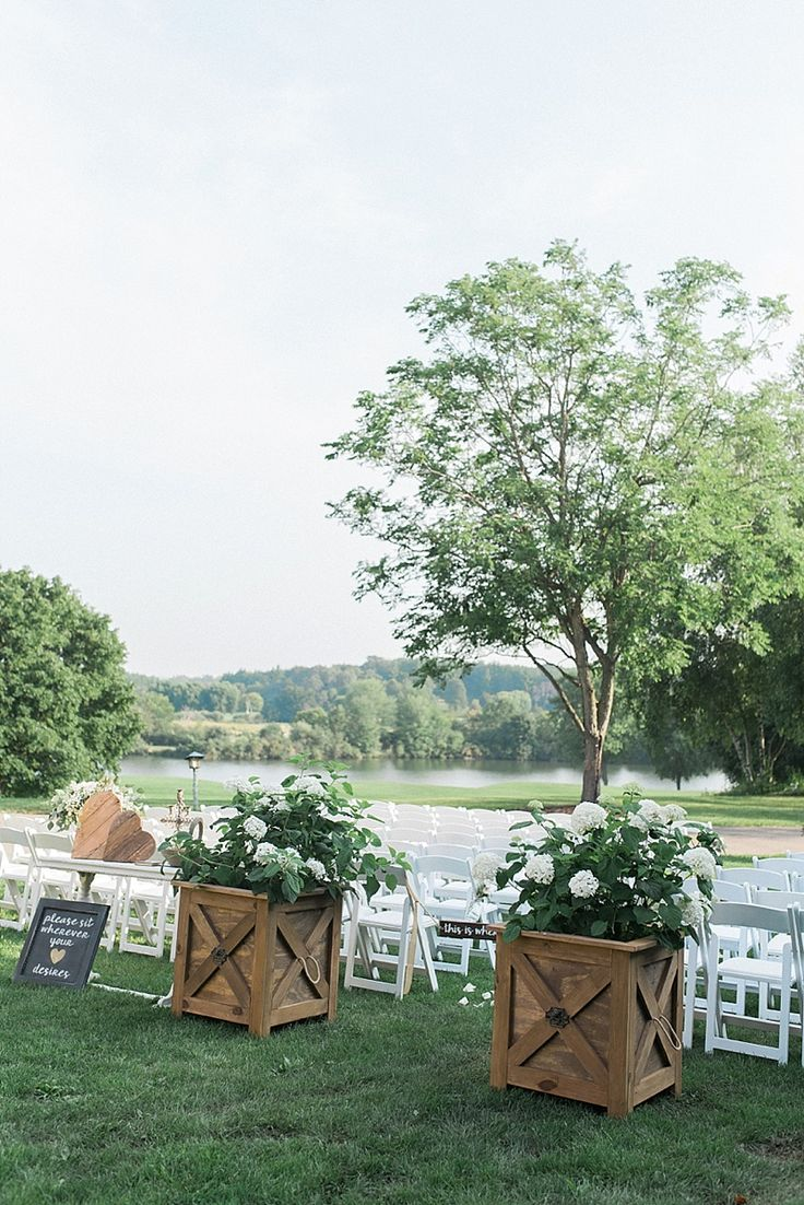 Amber Justin \ Simply Romantic Summer Wedding at the Grand Geneva Resort \ Lake Geneva Wisconsin \ WI Elizabeth Haase Photography - Hybrid Film Wedding Photographer
