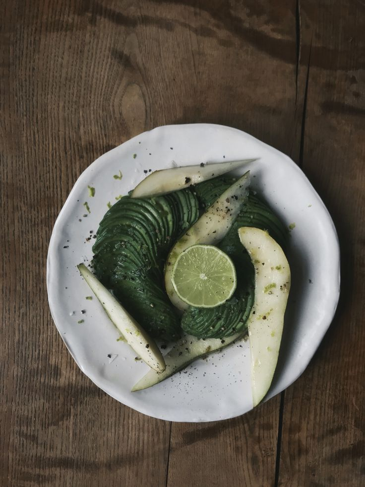 Avocado, pear and lime