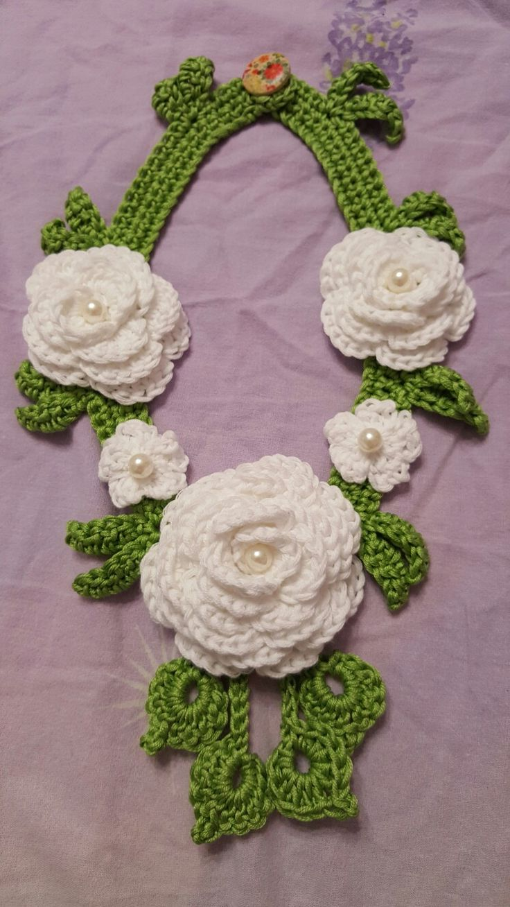 Flowers necklace
