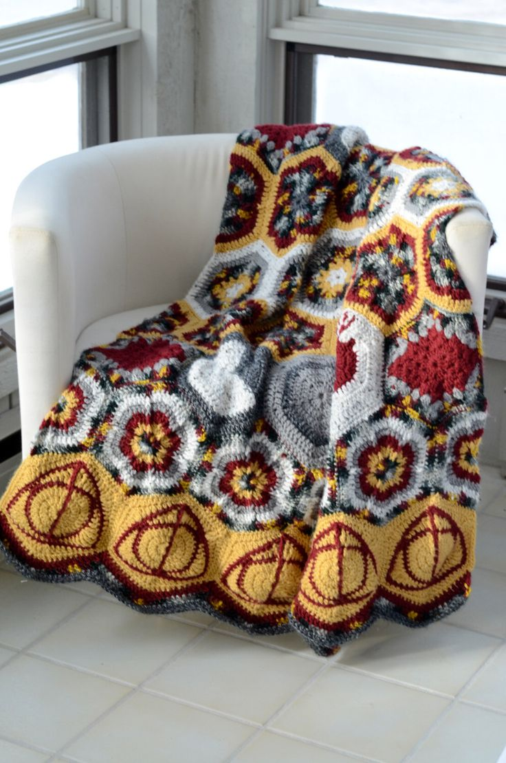 Hallows and Marauders Afghan Crochet Pattern:  a throw blanket with crocheted hexagons for fans fo Harry Potter by EyeOfTheFiber on Etsy https://www.etsy.com/listing/211897059/hallows-and-marauders-afghan-crochet