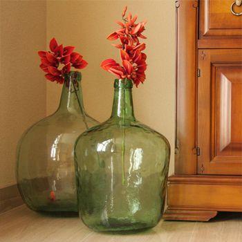 Un toque personal a tu vivienda con mobiliario único y original. Aire vintage e industrial con muebles ecológicos, realizados con materiales reciclados.