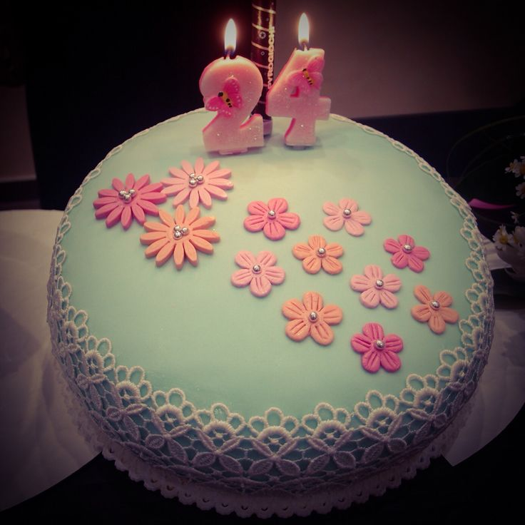Flowers Cake - Tiffany & Pink