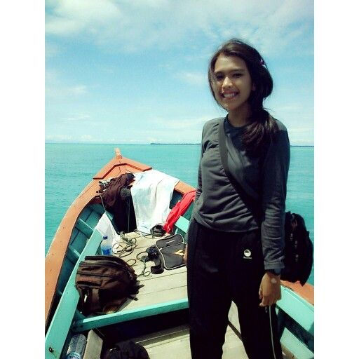 On the Robin, Sikandang Island