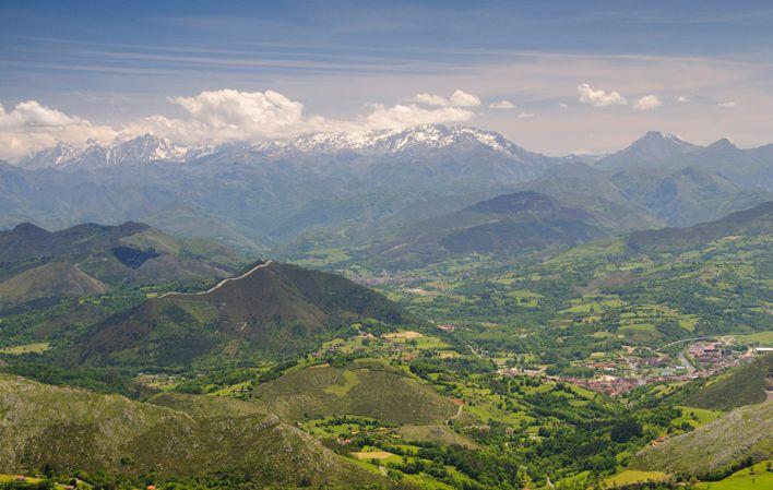 Pico Pienzu en la Sierra del Sueve