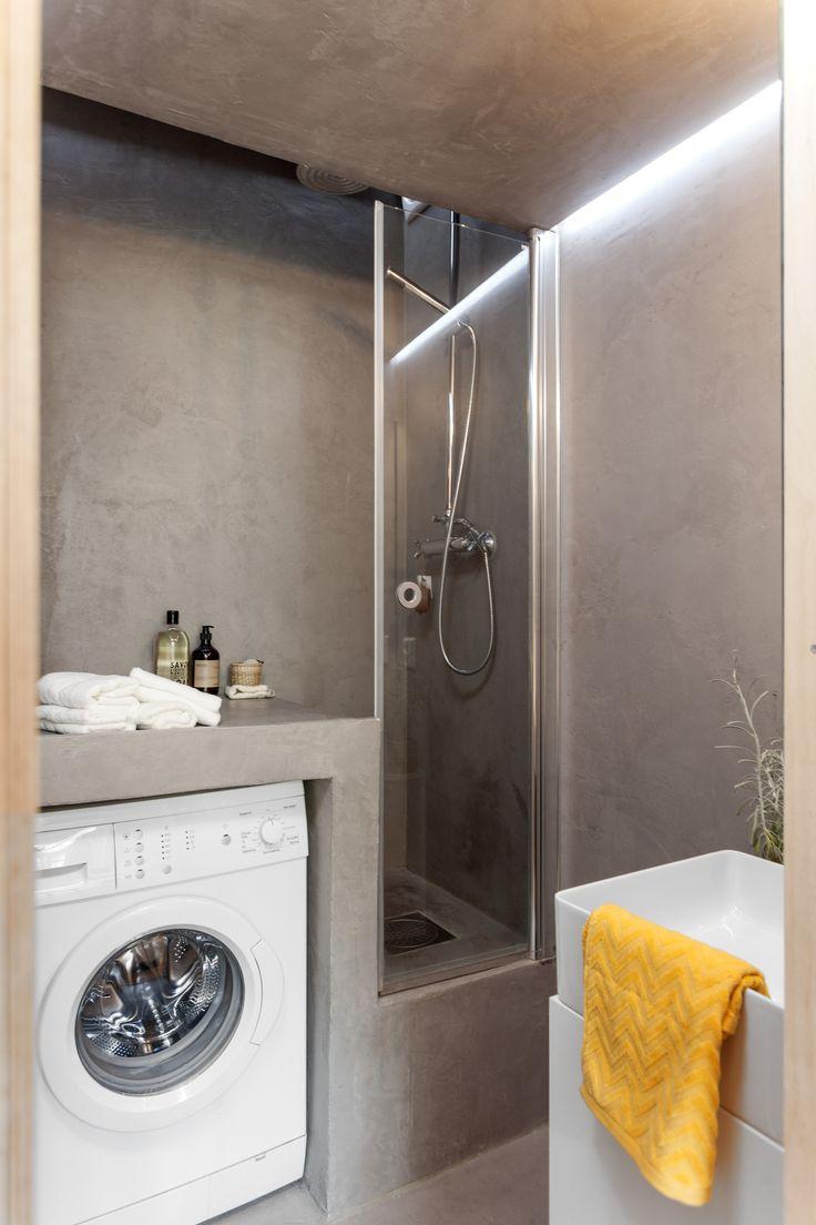 Claystone shower. Architect/designer, Lisa Wettsjö+Gustav Wettsjö