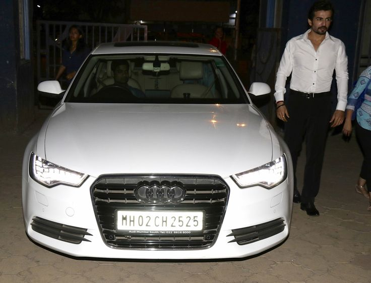 Jay Bhanushali snapped posing with his Audi A6 car in Malad, Audi A6 car, Jay Bhanushali, Jay Bhanushali news, Jay Bhanushali movies, bollywood news, getmovieinfo