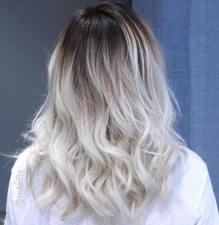 Ash Blonde Hair With Black Roots #BlondeHairstylesIdeas