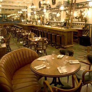 Dominion Square Tavern, Happy hour Monday through Thursday.  1243 Rue Metcalfe, 514-564-5056