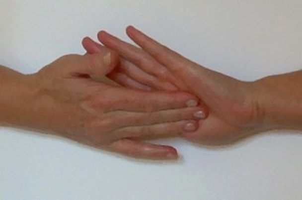Como revitalizar o corpo em 3 minutos com a antiga técnica japonesa dos 5 dedos | Cura pela Natureza