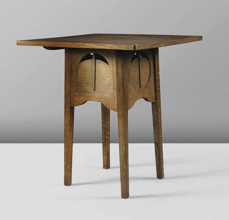 CHARLES RENNIE MACKINTOSH 1868 - 1928 TABLE À JEUX, VERS 1898-1899 A STAINED OAK SQUARE CARD TABLE FOR THE ARGYLE STREET TEA ROOMS BY CHARLES RENNIE MACKINTOSH, CIRCA 1898-1899