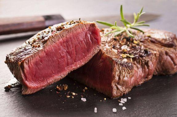 Пять блюд из мяса, которые должен уметь готовить мужчина