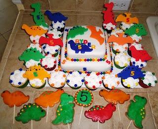 Fit Food by Al!: Dinosaur cake, cupcakes & cookie pops