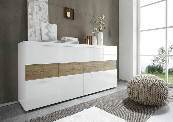 #Madia #moderna bianco laccato lucido ed essenza #miele, maniglie metallizzate.