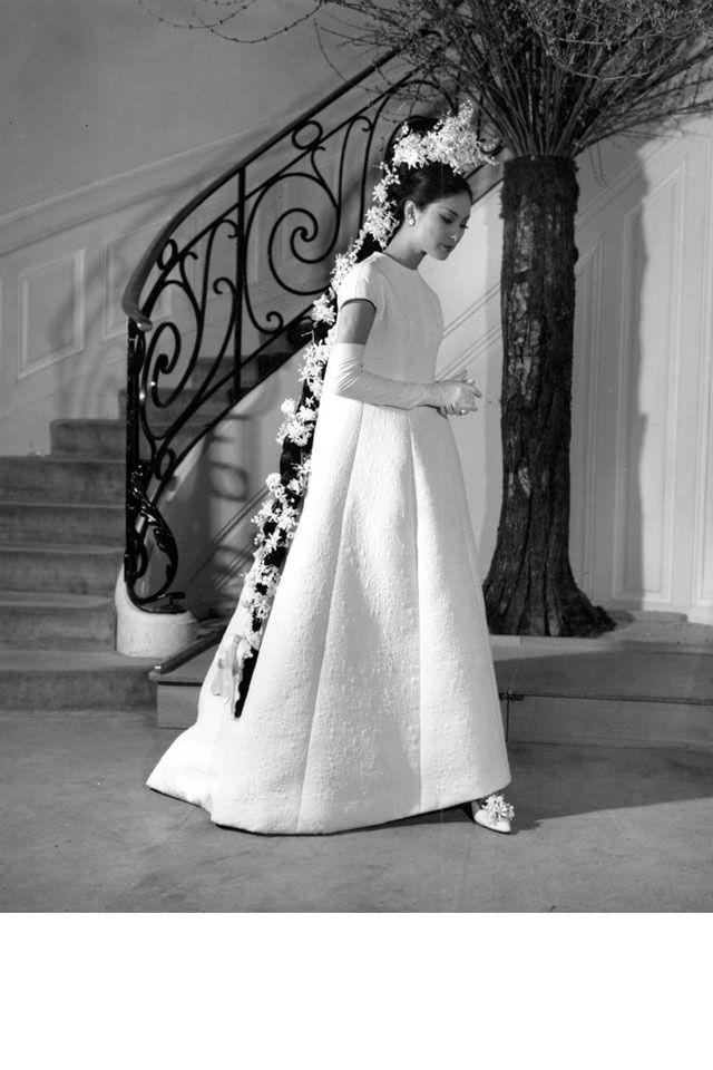 Mariage 40 Robes Vintage Reperees Sur Pinterest