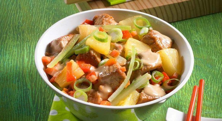 Puten-geschnetzeltes süß-sauer mit Gemüse und Ananas