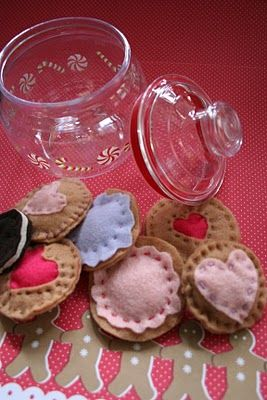 I've seen felt cookies but I love how these will be gifted in a cookie jar!