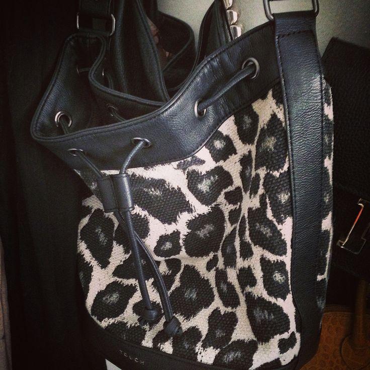 #bucketbags #purses #90s #style #fashion #lapetiteduchesse