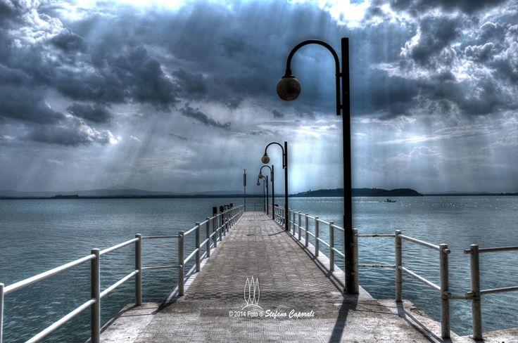 Una giornata nuvolosa al Lago Trasimeno - Stefano Caporali