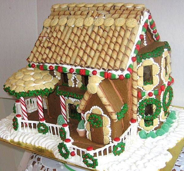 How To Easily Make A Gingerbread House The Roof Salt