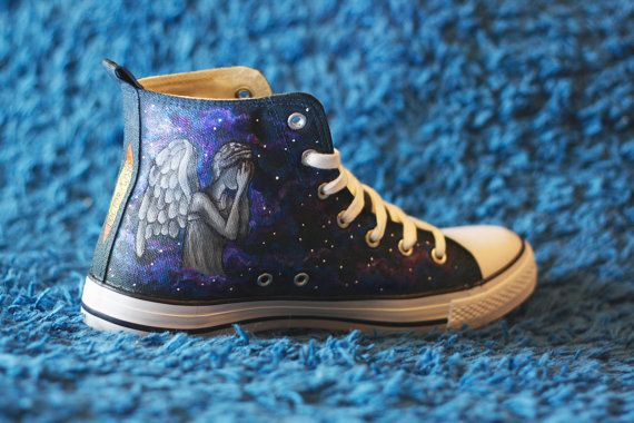 Dr. Who Customized  Doctor Who high tops canvas by Yacosoyoporti, €63.20