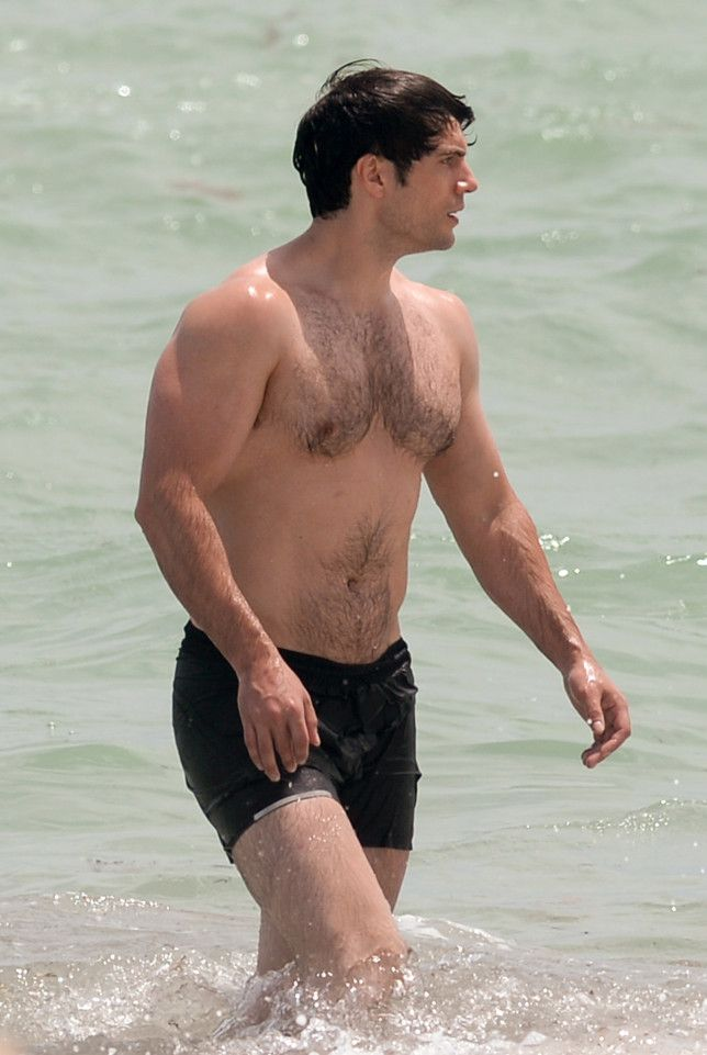 Henry Cavill Shows Off His 'Man Of Steel' Body While Going For A Swim On Miami…