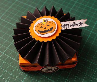 1 post creativo al giorno: #302/365 Scatolina porta dolcetti