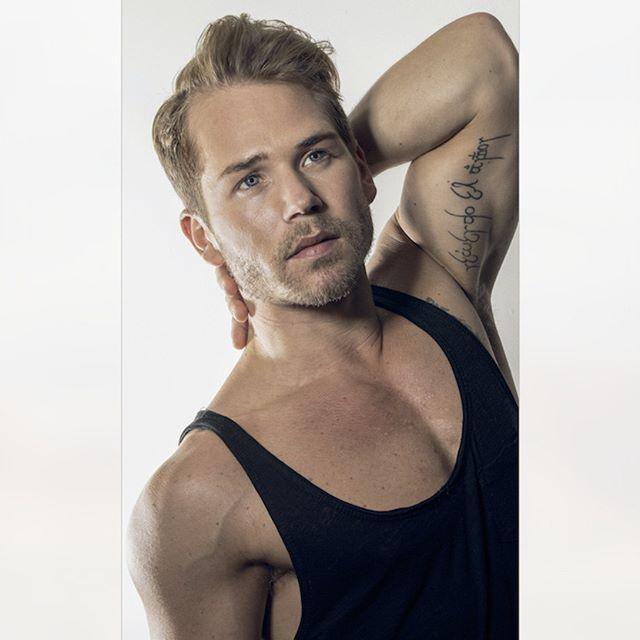 #JPHarrowPortraits #PhotoShoot #MalePortraits #MaleModel #London #Mensfashion #Headshot #Fitness #Model #Photography